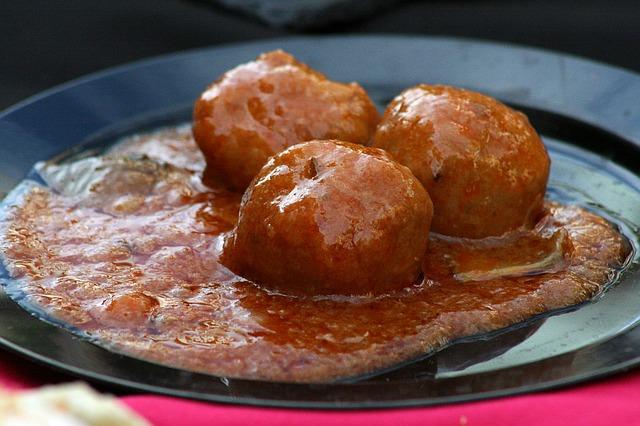 Authentic-spanish-meatballs
