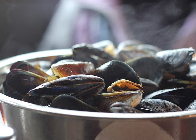 Spanish-mussels-style-recipe