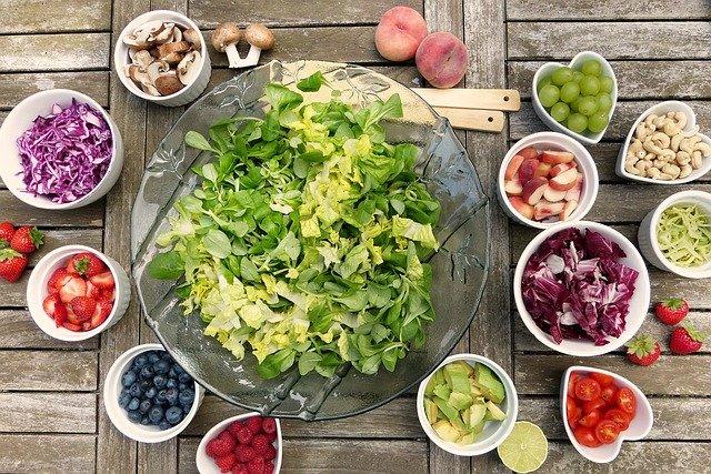 Homemade-spanish-salad
